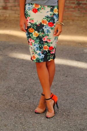 cute-floral-pencil-skirt-fictionandflowers.wordpress.com-inspiration-spring-style